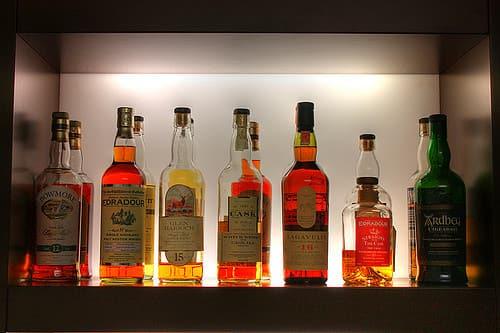 A magasabb whiskey árak jobb minőséget takarnak