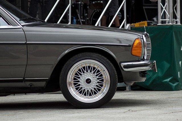 BMW felni többféle színben